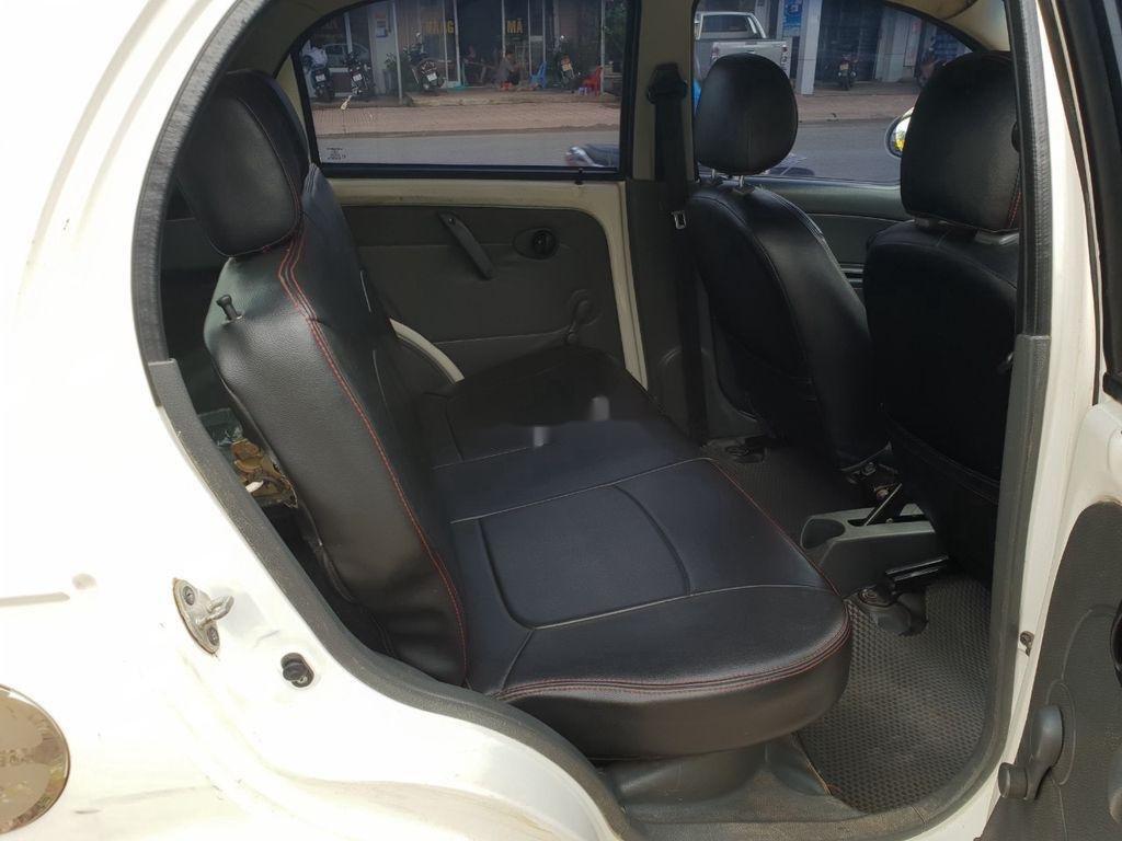 Cần bán xe Chevrolet Spark năm sản xuất 2010, màu trắng (5)