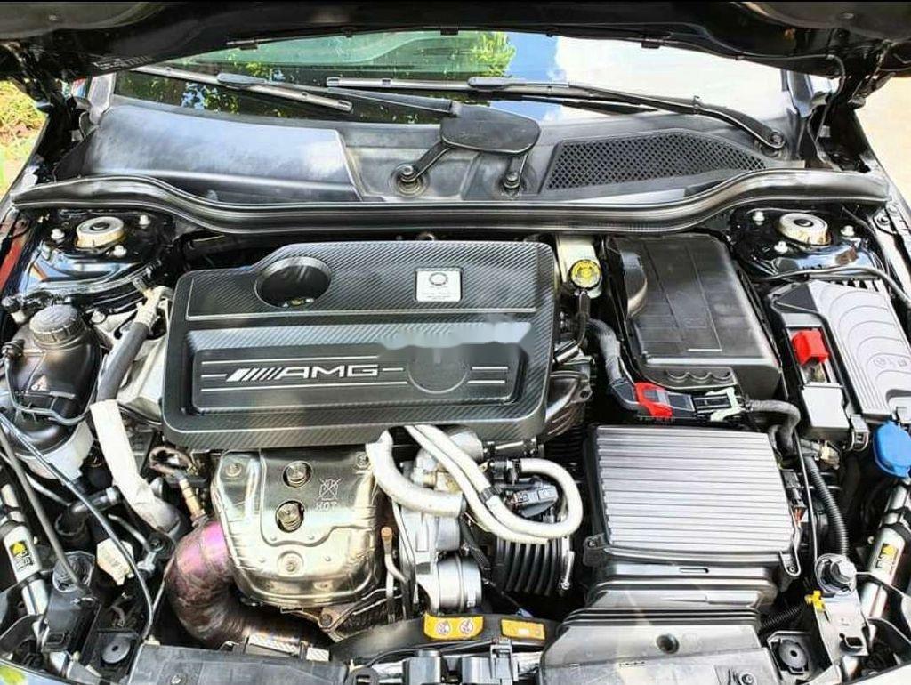 Cần bán Mercedes CLA45 AMG sản xuất năm 2014, màu đen (8)