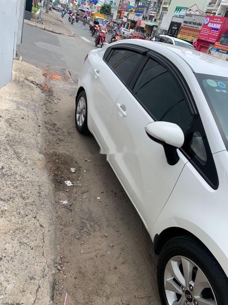 Bán Kia Rio đời 2016, màu trắng, nhập khẩu nguyên chiếc   (5)