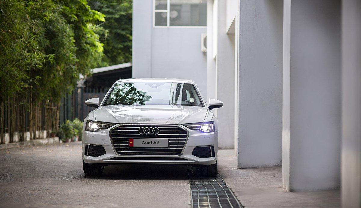 Động cơ xe Audi A6 2021.