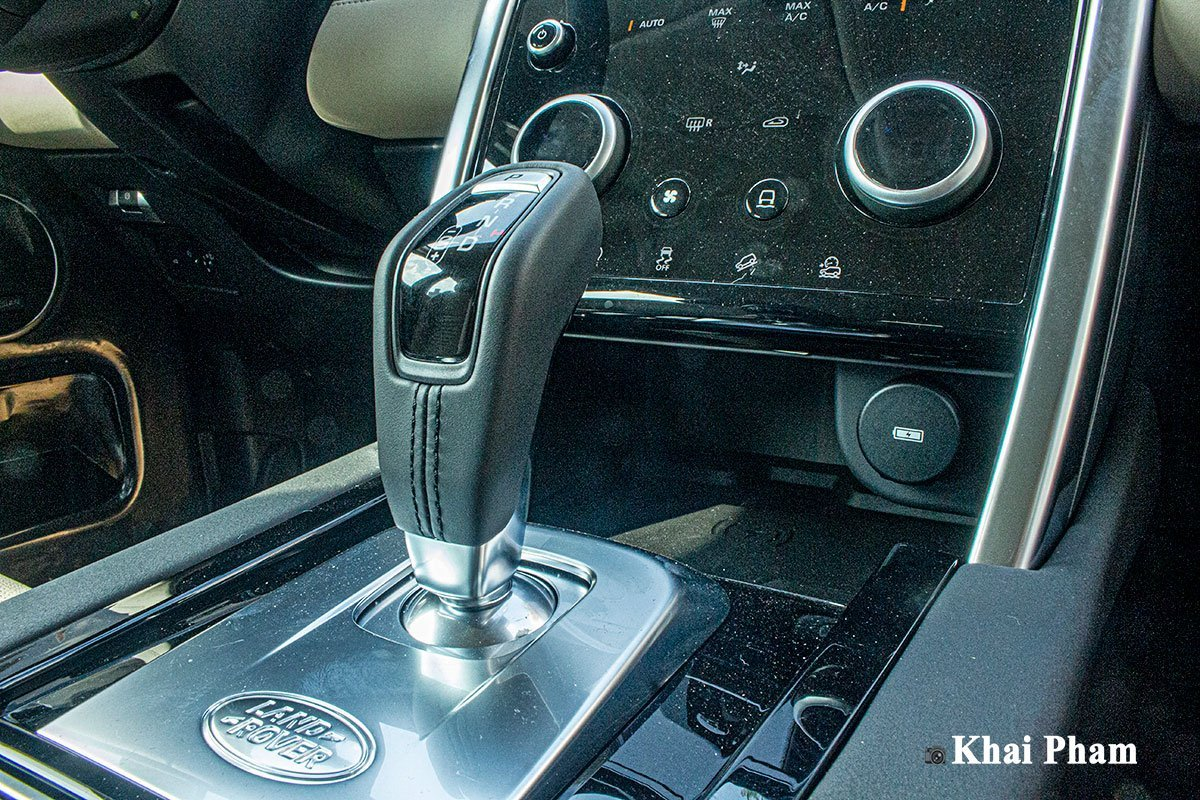 Nội thất Land Rover Discovery Sport 4.