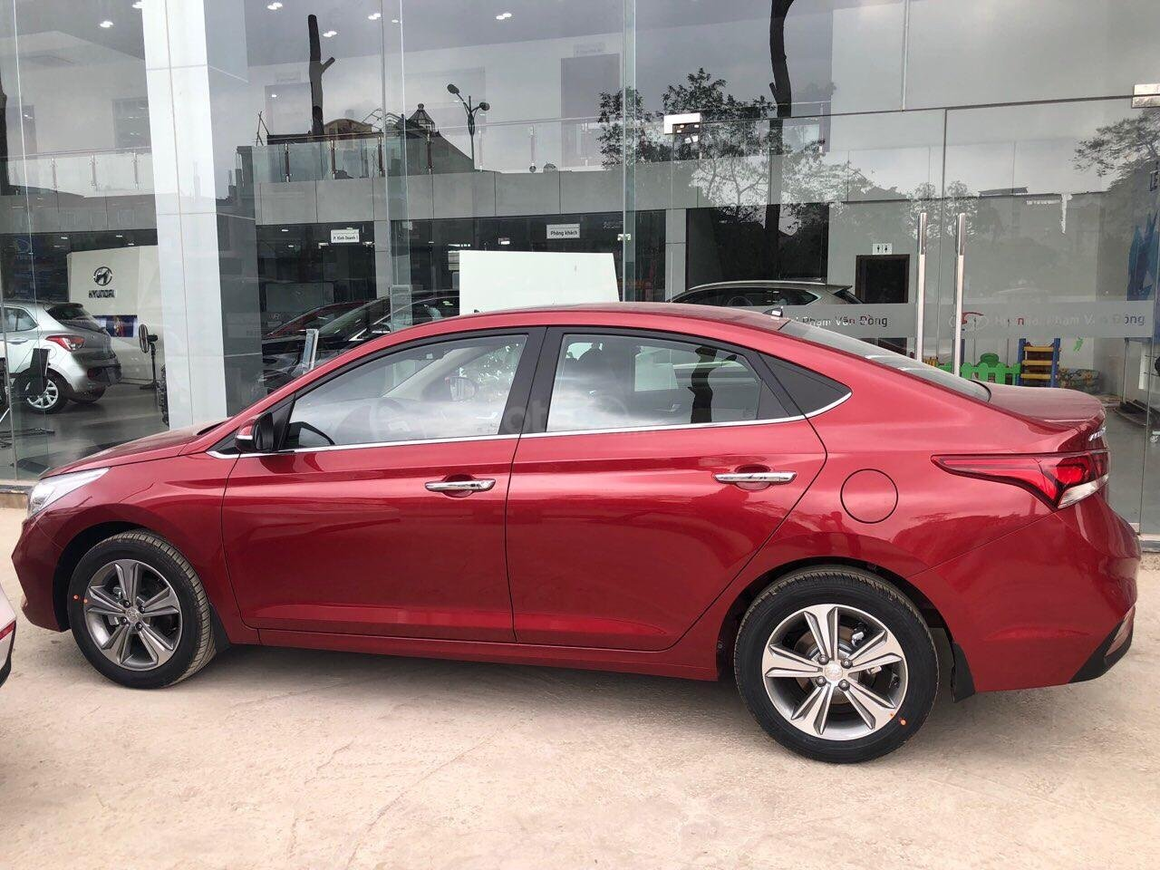 Hyundai Accent năm 2020, sẵn xe đủ màu giao ngay các bản - trả góp lên đến 85% giá trị xe - mua xe giá tốt nhất tại đây (6)