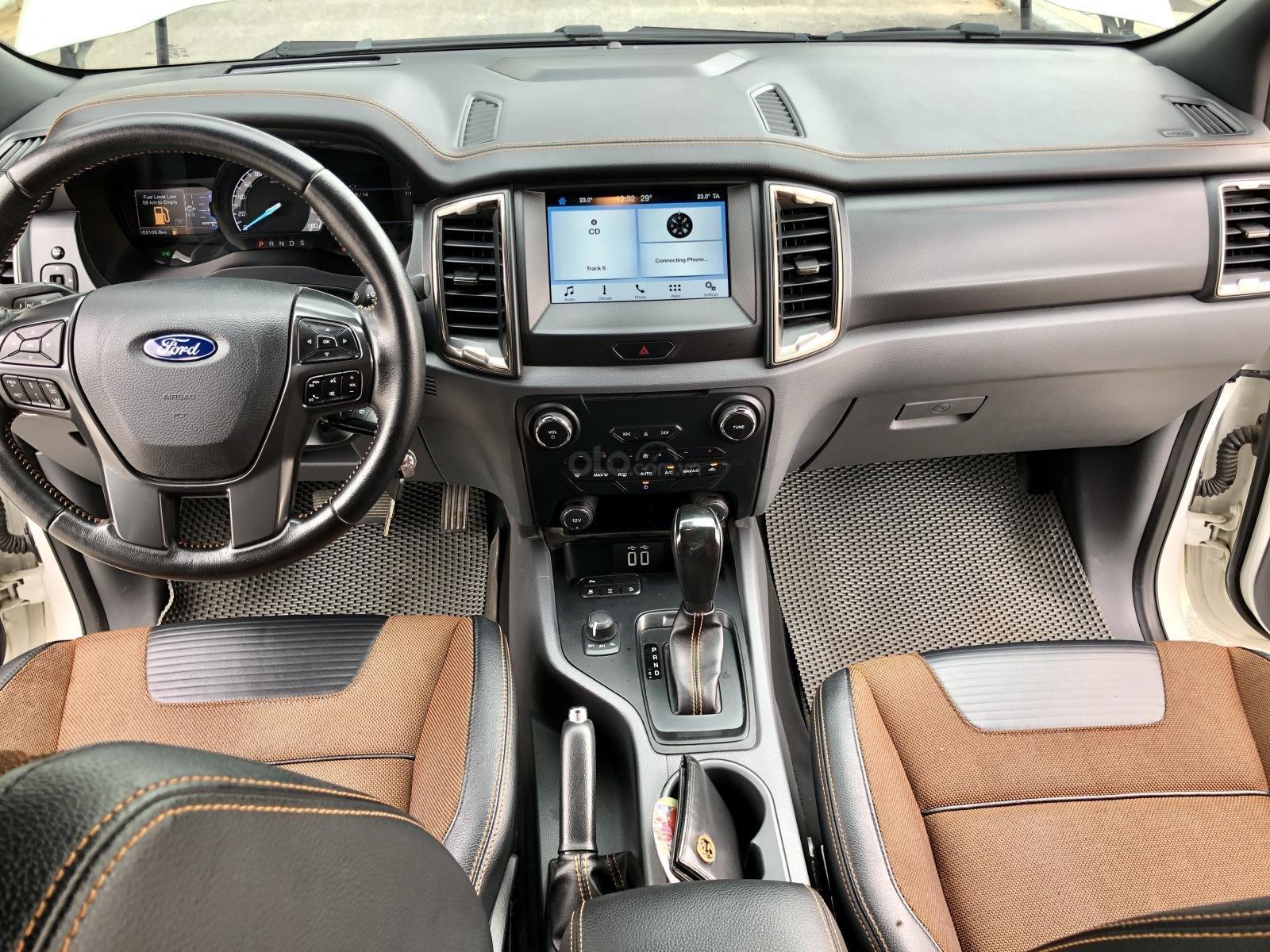 Bán  xe Ford Ranger Wildtrak 3.2 Sync 3 tên tư nhân, biển Hà Nội (10)