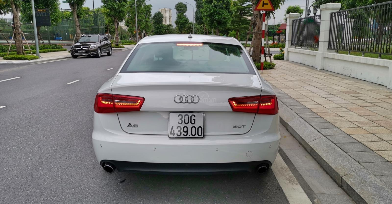 Cần bán lại xe Audi A6 đời 2013, màu trắng, nhập khẩu (4)