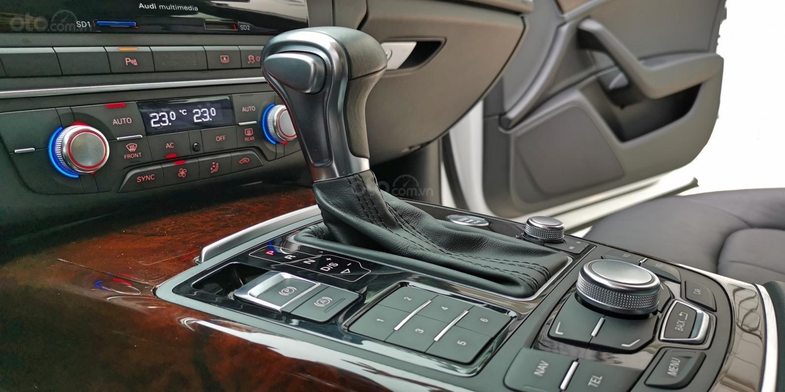Cần bán lại xe Audi A6 đời 2013, màu trắng, nhập khẩu (13)