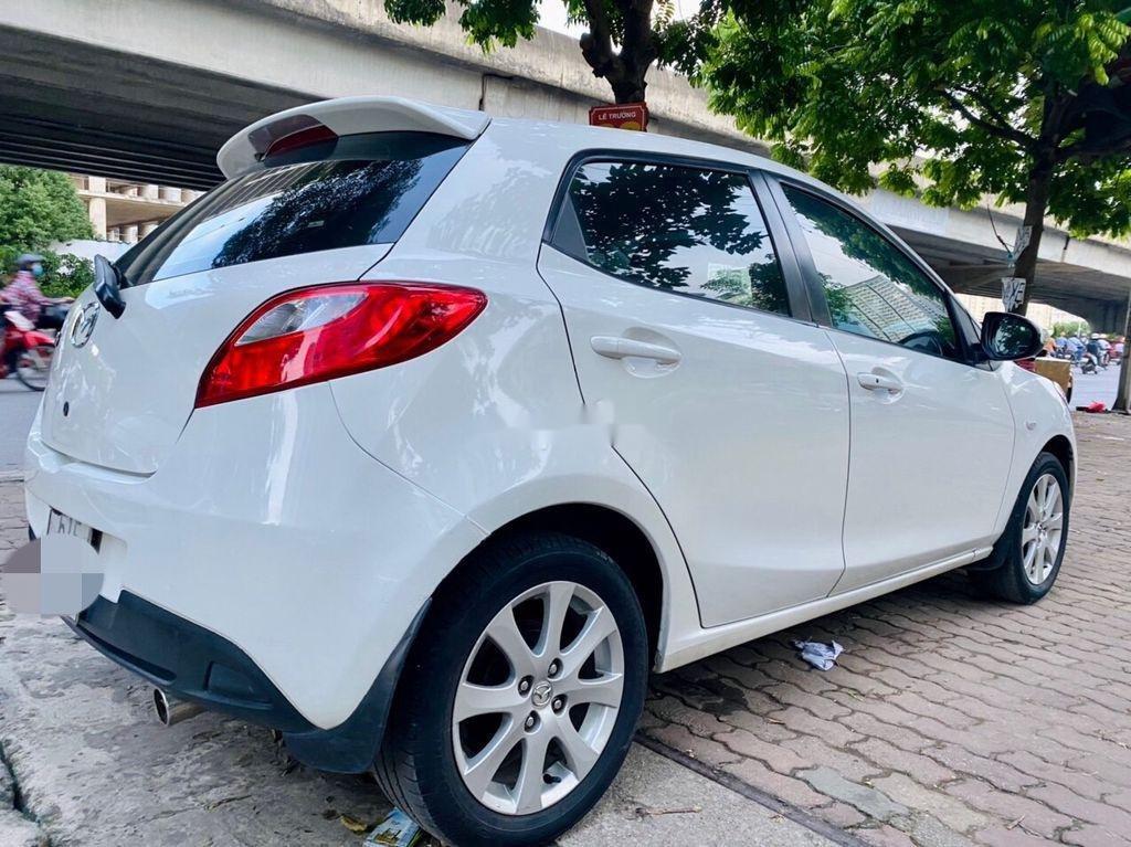 Bán ô tô Mazda 2 đời 2014, màu trắng, giá tốt (2)