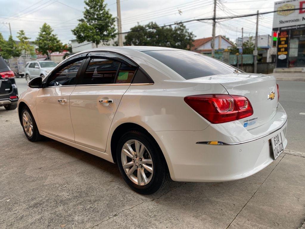 Bán ô tô Chevrolet Cruze đời 2016, màu trắng  (4)