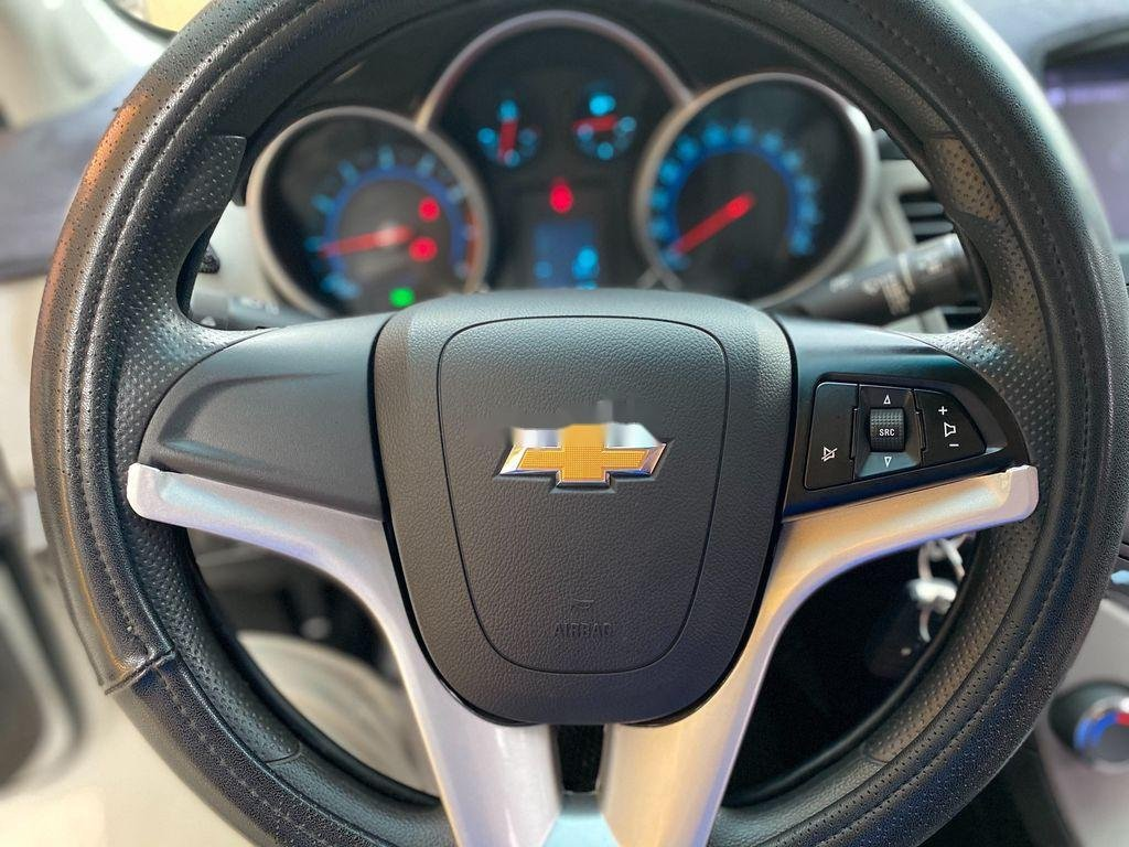 Bán ô tô Chevrolet Cruze đời 2016, màu trắng  (10)