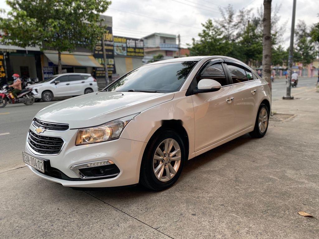 Bán ô tô Chevrolet Cruze đời 2016, màu trắng  (1)