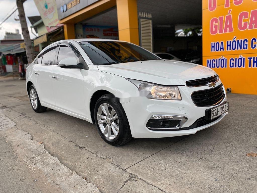 Bán ô tô Chevrolet Cruze đời 2016, màu trắng  (2)