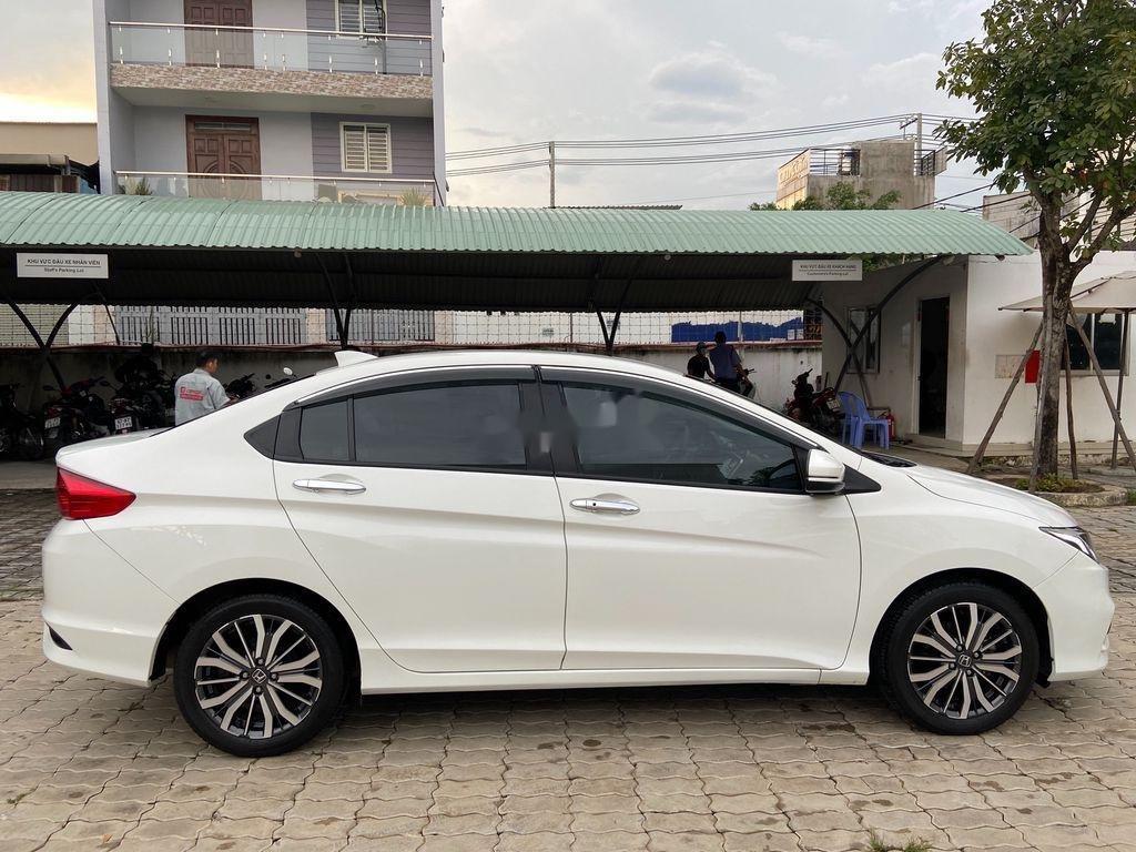 Cần bán xe Honda City năm 2018, đăng ký lần đầu 05/11/2018 (9)