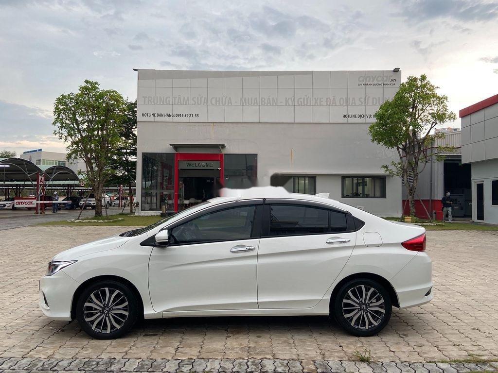 Cần bán xe Honda City năm 2018, đăng ký lần đầu 05/11/2018 (2)