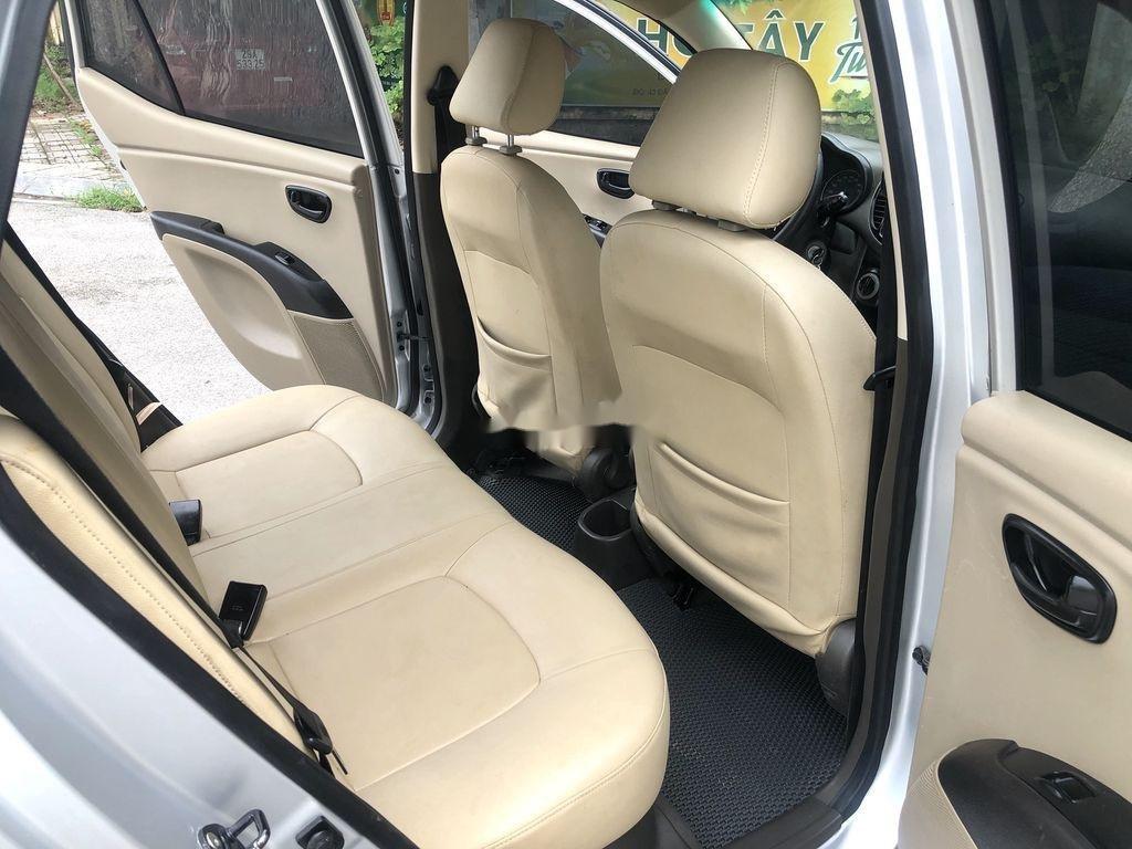 Cần bán lại xe Hyundai Grand i10 đời 2014, màu bạc, nhập khẩu nguyên chiếc  (11)