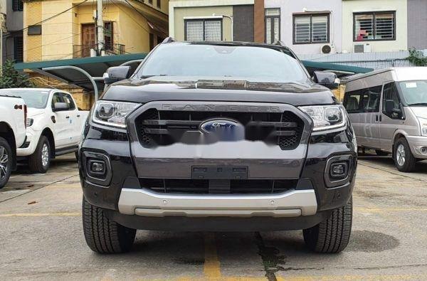 Bán xe Ford Ranger sản xuất 2020, màu đen, ưu đãi lớn (1)
