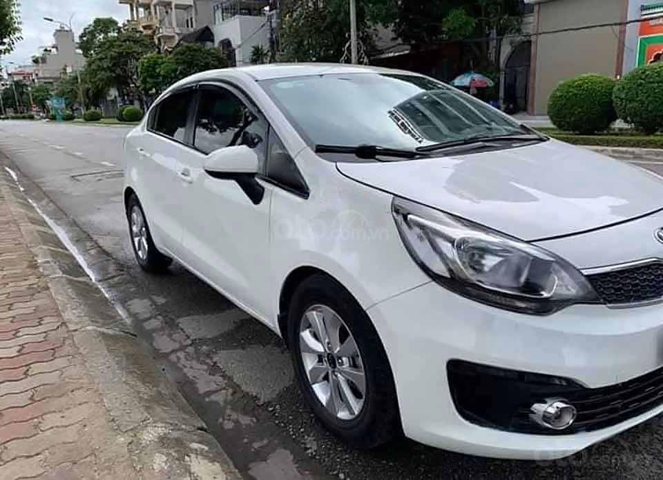Cần bán xe Kia Rio 1.4 MT năm 2016, màu trắng, xe nhập còn mới  (4)