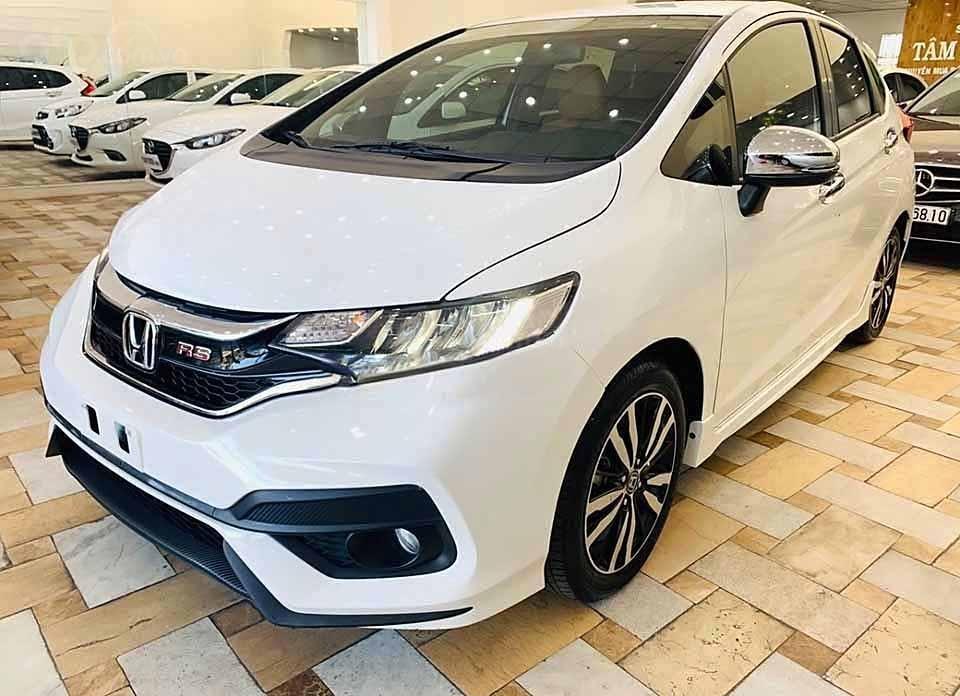 Cần bán gấp Honda Jazz RS AT 2018, màu trắng, nhập khẩu nguyên chiếc còn mới, giá 540tr (1)