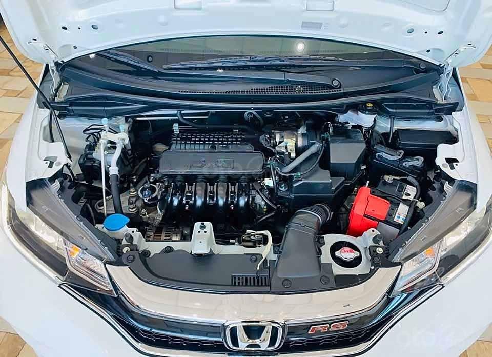 Cần bán gấp Honda Jazz RS AT 2018, màu trắng, nhập khẩu nguyên chiếc còn mới, giá 540tr (5)