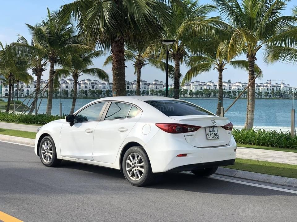 Cần bán lại xe Mazda 3 năm sản xuất 2017 giá tốt (7)