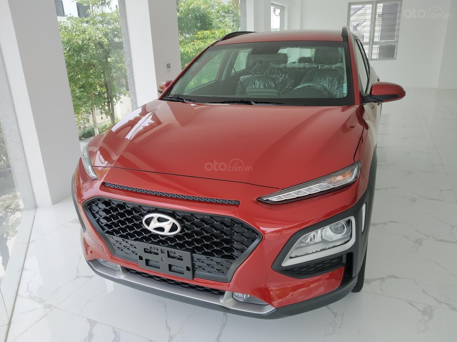 Hyundai Kona AT 2.0 giá cực kì ưu đãi lên tới 20tr, hỗ trợ trả góp nên đến 85% giá xe, cùng nhiều phụ kiện hấp dẫn tháng 9 (2)