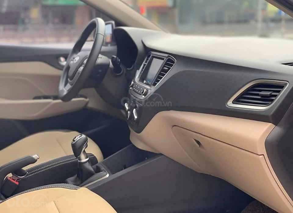 Bán xe Hyundai Accent sản xuất năm 2020, màu đen giá cạnh tranh (3)