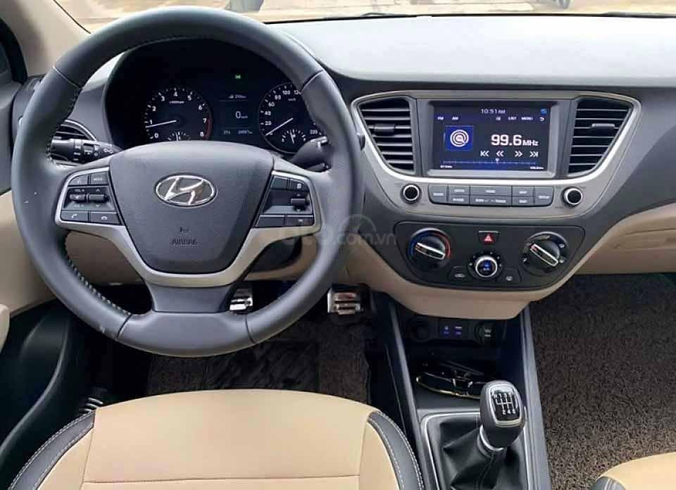 Bán xe Hyundai Accent sản xuất năm 2020, màu đen giá cạnh tranh (2)