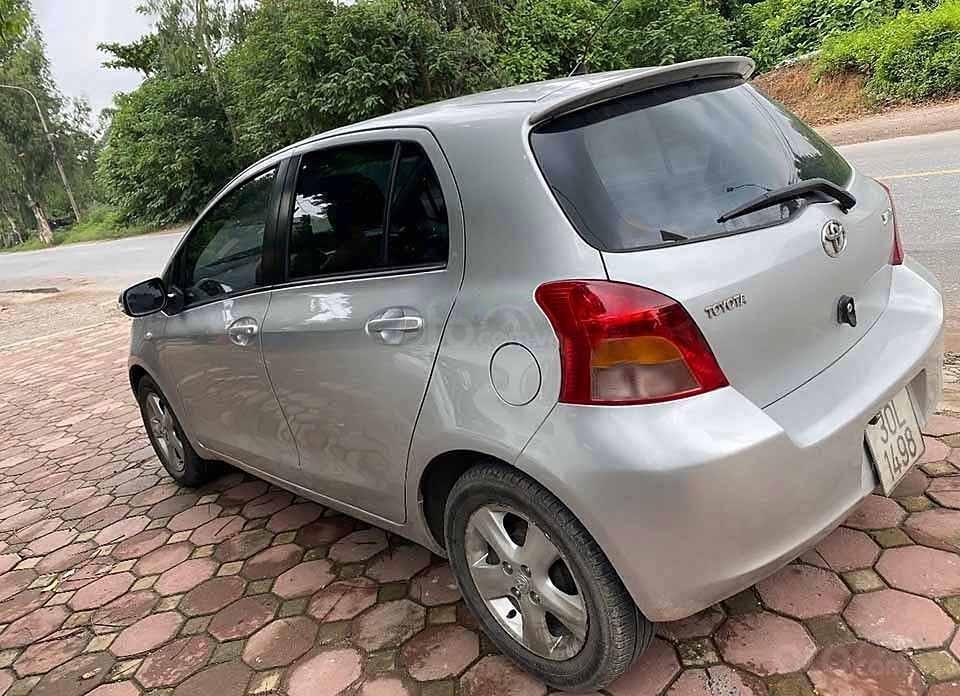 Bán ô tô Toyota Yaris năm 2008, màu bạc, nhập khẩu nguyên chiếc còn mới, 280 triệu (1)