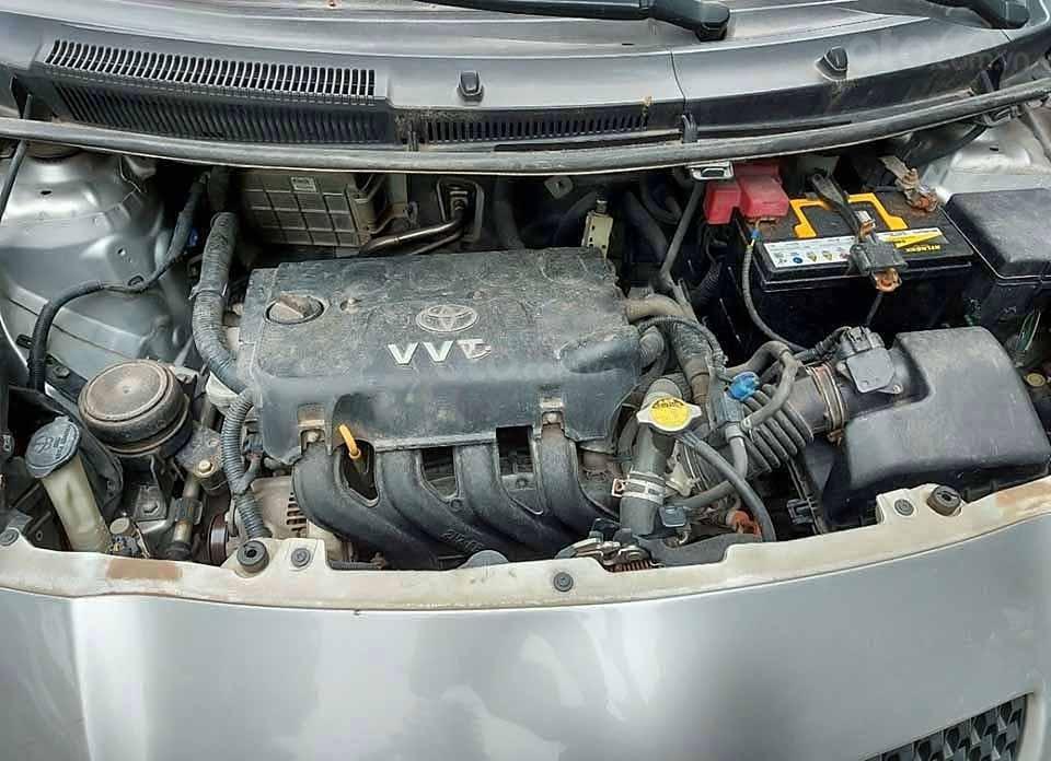 Bán ô tô Toyota Yaris năm 2008, màu bạc, nhập khẩu nguyên chiếc còn mới, 280 triệu (3)
