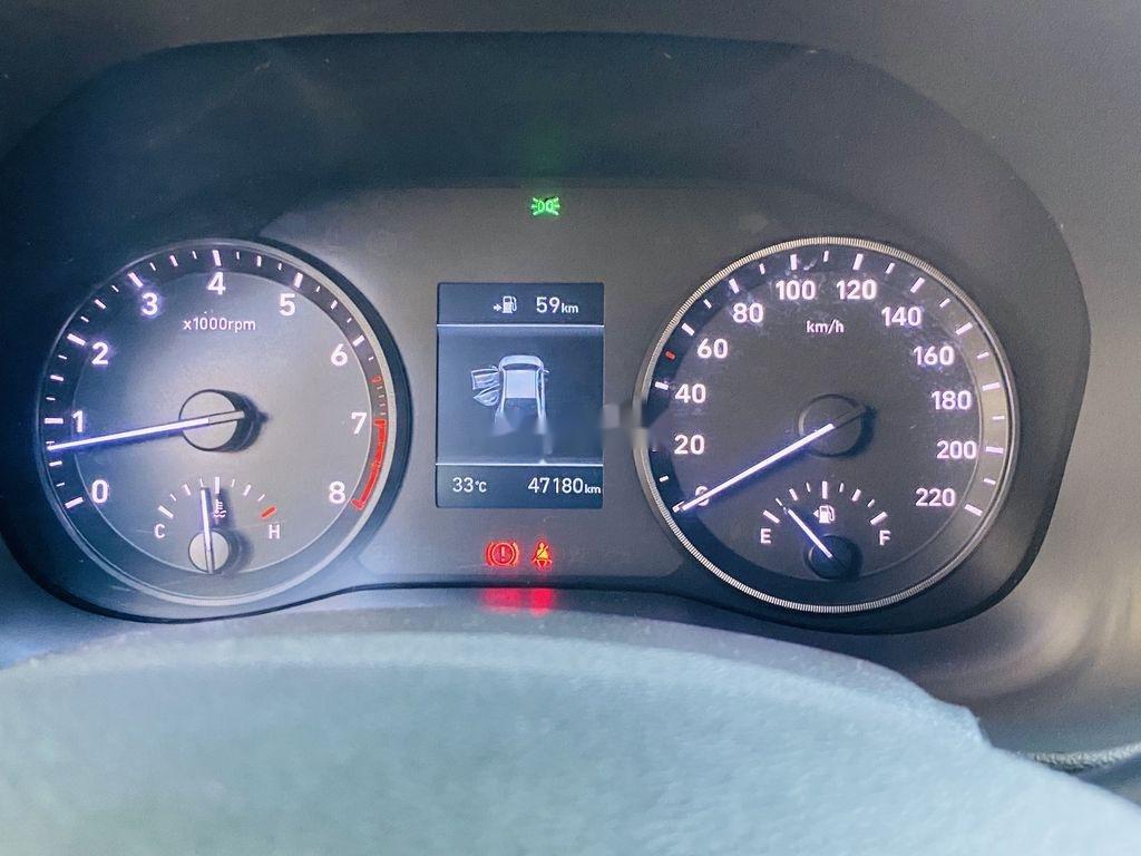 Cần bán lại xe Hyundai Accent năm 2018, màu trắng, giá chỉ 398 triệu (11)