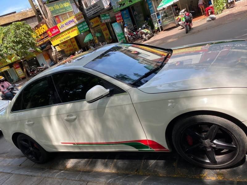 Bán xe Audi A4 sản xuất năm 2009, màu trắng, xe nhập chính chủ, giá tốt (8)