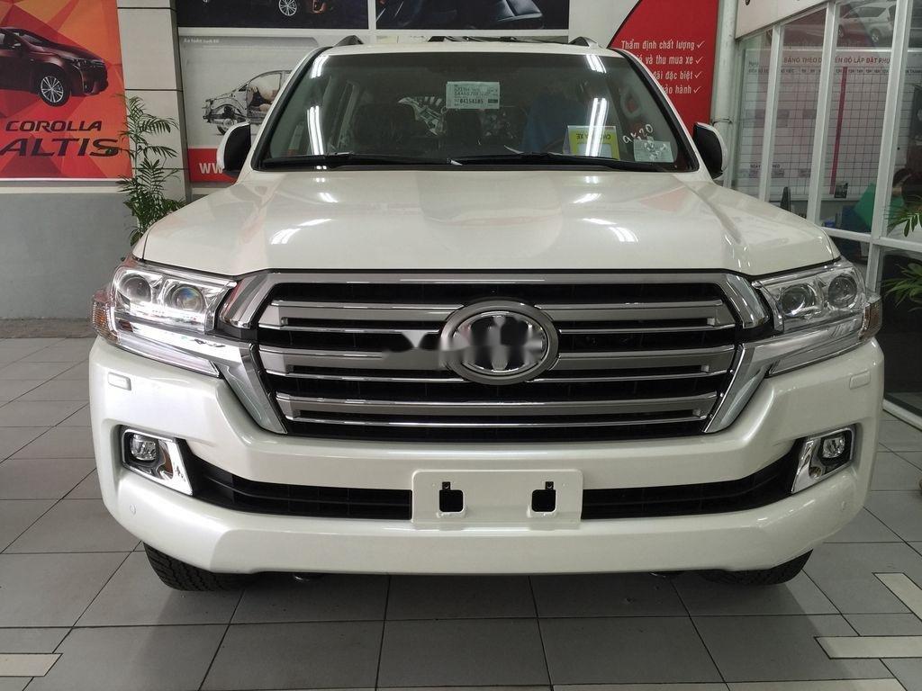 Bán xe Toyota Land Cruiser đời 2020, màu trắng, giao xe nhanh (1)