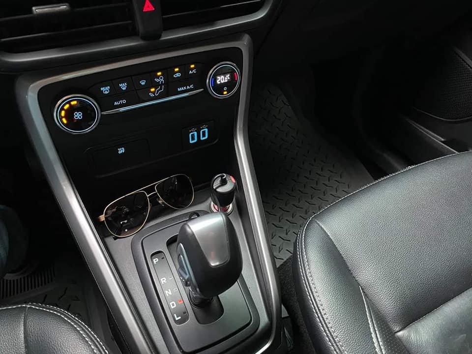Cần bán gấp Ford EcoSport đời 2018, màu xám, nhập khẩu (3)