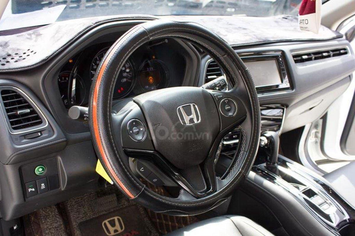 Vô lăng xe Honda HR-V 2019 1