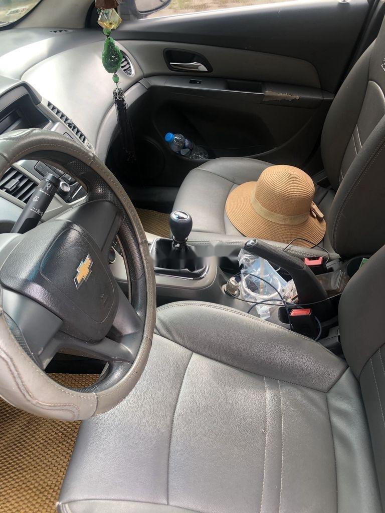 Bán ô tô Chevrolet Cruze sản xuất 2011, màu bạc  (3)