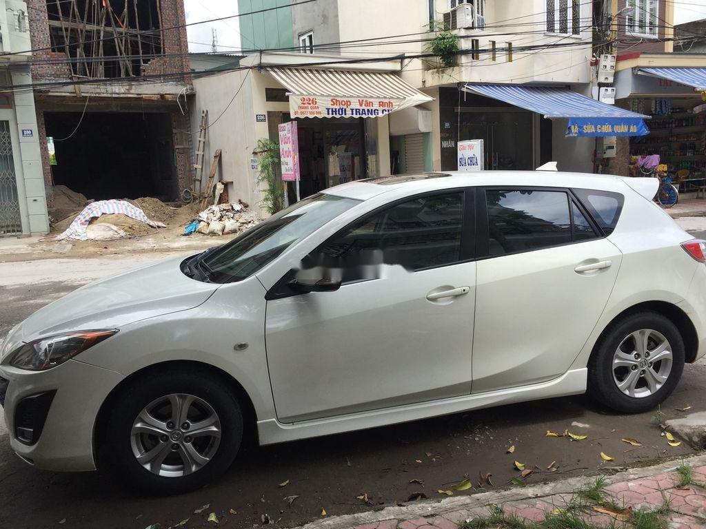Cần bán lại xe Mazda 3 đời 2010, màu trắng, nhập khẩu, 300 triệu (1)