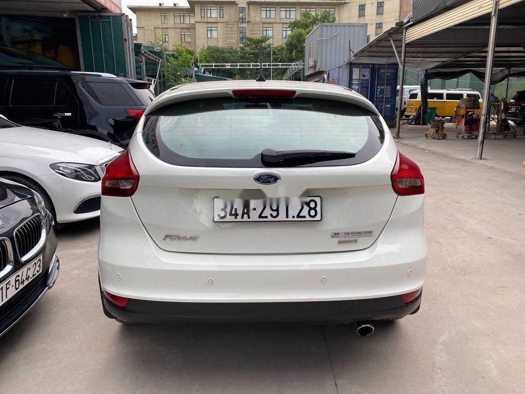 Bán xe Ford Focus đời 2019, màu trắng, giá tốt (1)