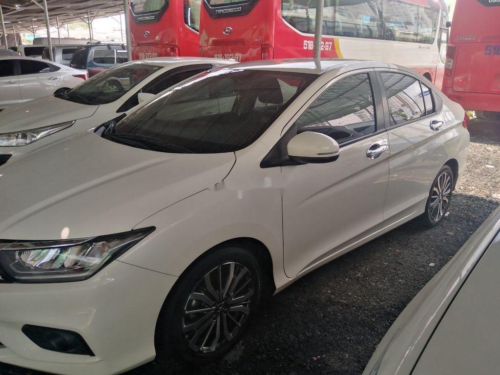 Bán Honda City sản xuất năm 2017, màu trắng (2)