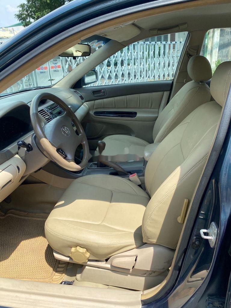 Bán ô tô Toyota Camry năm 2002, giá chỉ 258 triệu (5)