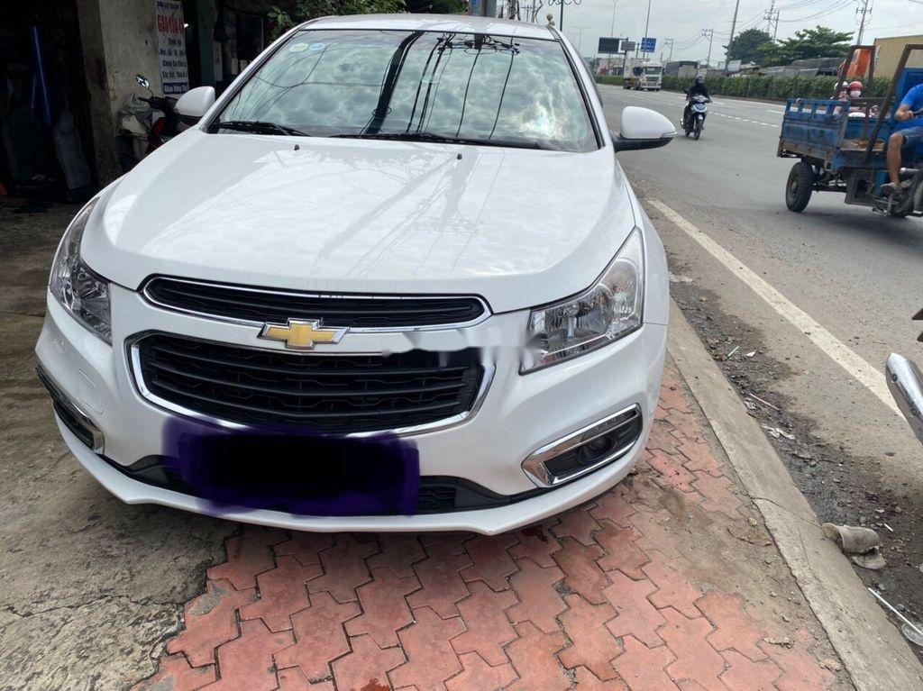Bán ô tô Chevrolet Cruze 2015, màu trắng, số sàn (1)
