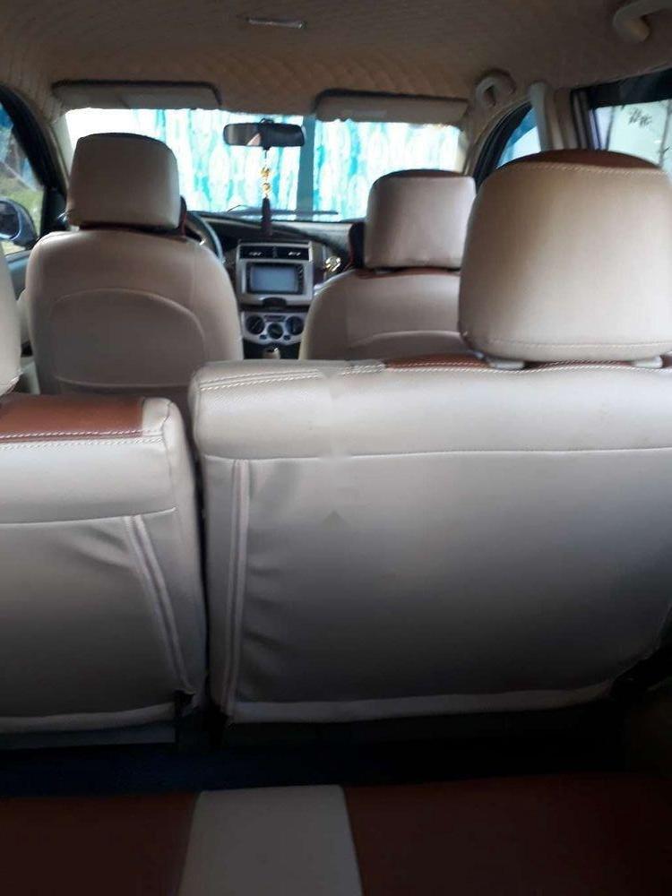 Gia đình bán Nissan Livina sản xuất 2011, màu bạc, xe nhập (2)