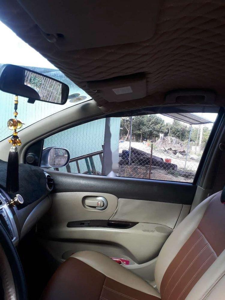 Gia đình bán Nissan Livina sản xuất 2011, màu bạc, xe nhập (10)