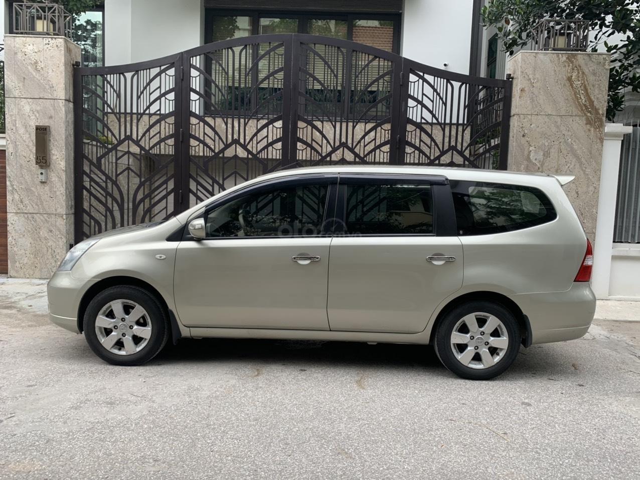 Bán Nissan Grand Livina năm 2011, số tự động 7 chỗ, chính chủ dùng (11)