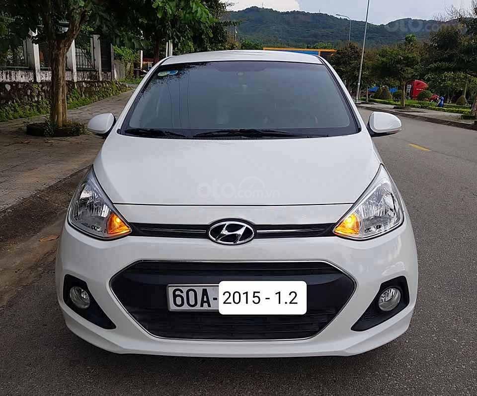 Bán ô tô Hyundai Grand i10 sản xuất năm 2015, màu trắng, nhập khẩu nguyên chiếc   (2)