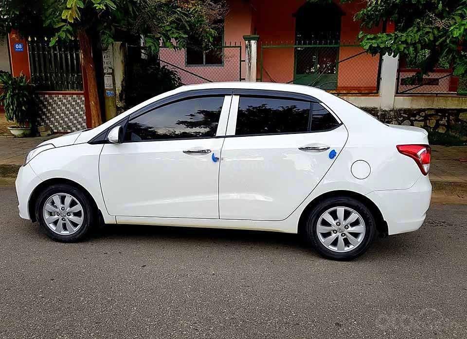 Bán ô tô Hyundai Grand i10 sản xuất năm 2015, màu trắng, nhập khẩu nguyên chiếc   (1)