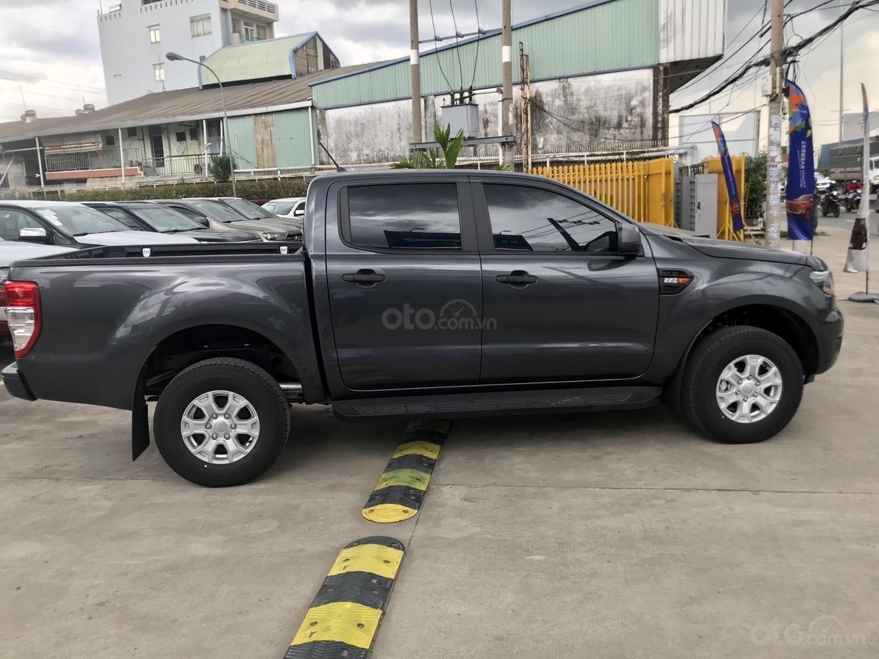 Cần bán xe Ford Ranger 2020 mới 100%, giá tốt (2)