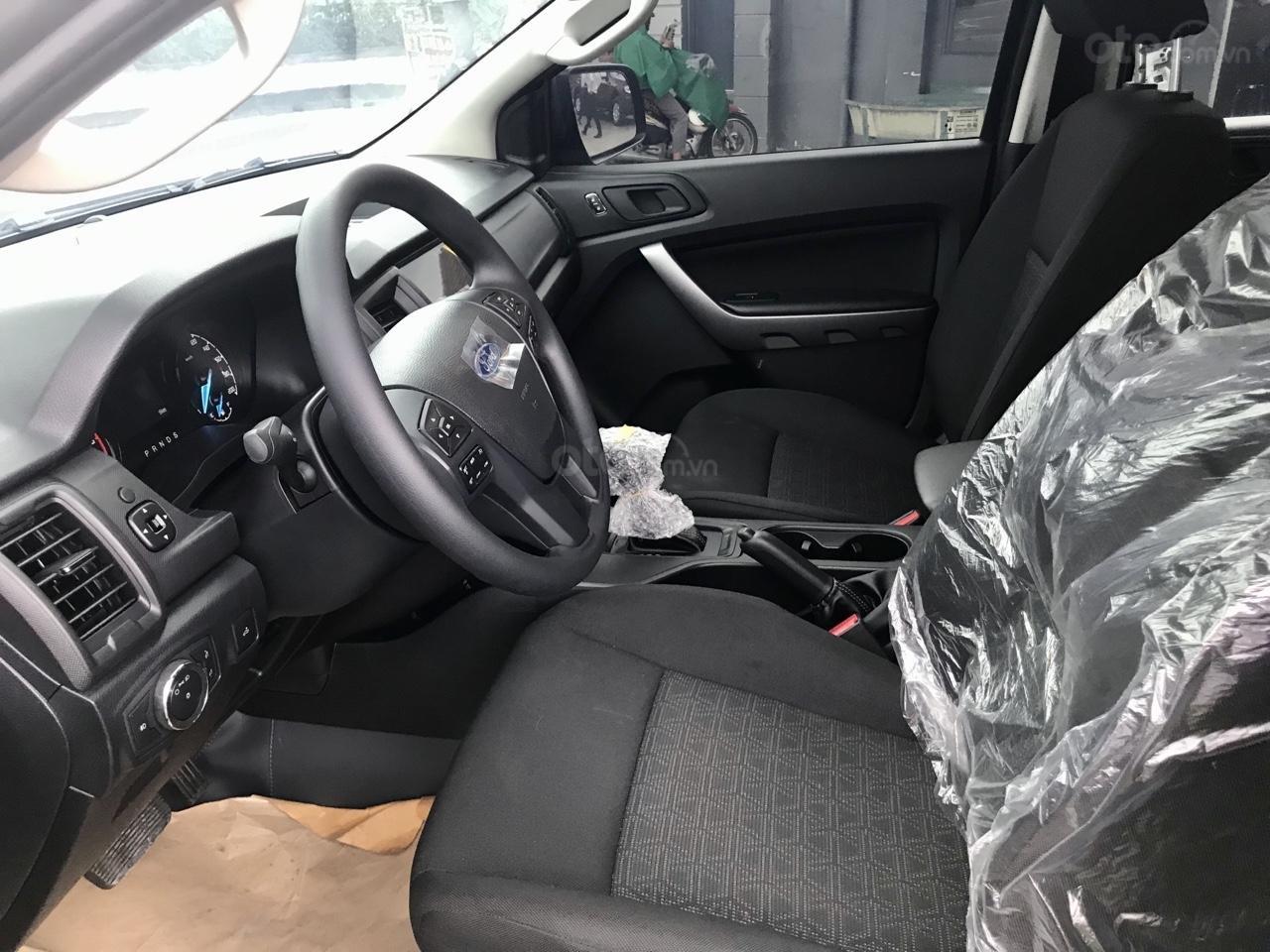 Cần bán xe Ford Ranger 2020 mới 100%, giá tốt (6)