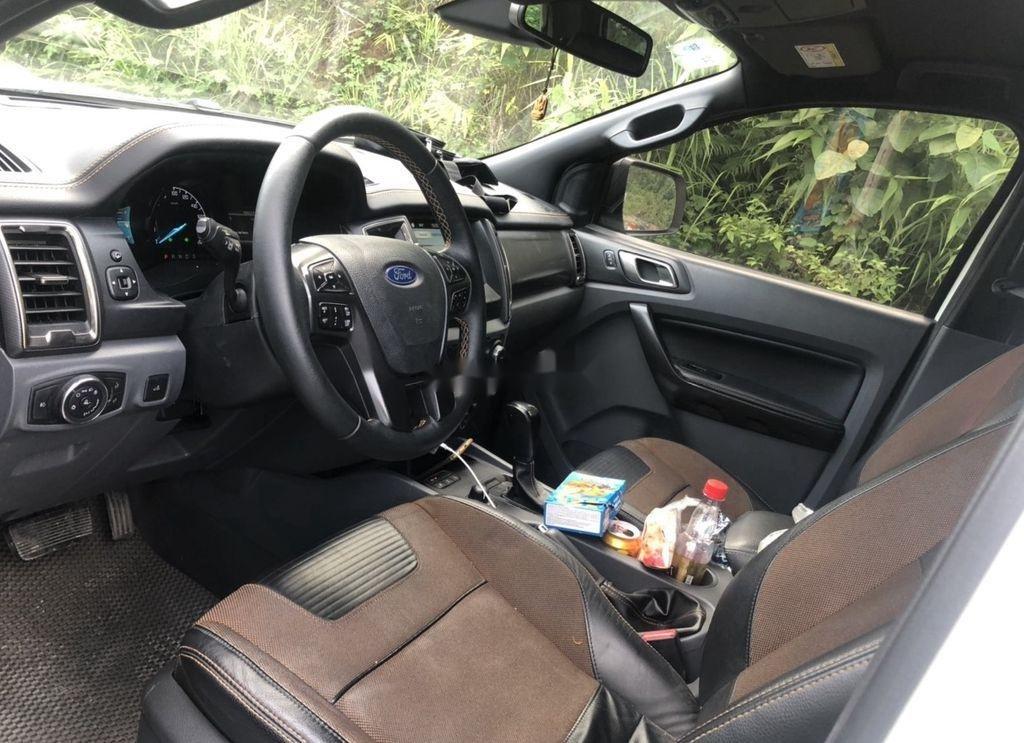 Cần bán Ford Ranger đời 2017, màu trắng, xe nhập (3)