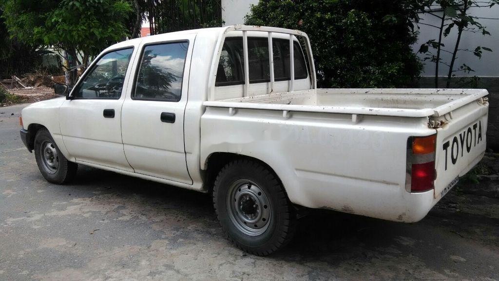 Bán ô tô Toyota Hilux 1990, màu trắng, nhập khẩu (2)