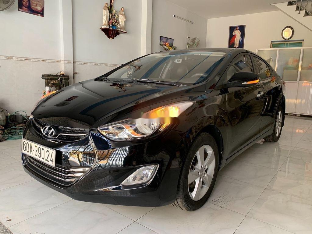 Cần bán gấp Hyundai Elantra sản xuất 2013, nhập khẩu nguyên chiếc còn mới (1)