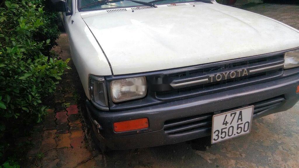 Bán ô tô Toyota Hilux 1990, màu trắng, nhập khẩu (3)
