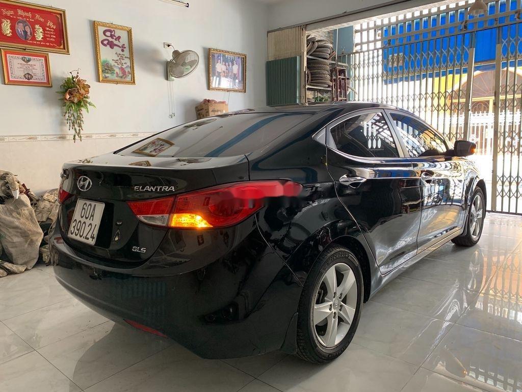 Cần bán gấp Hyundai Elantra sản xuất 2013, nhập khẩu nguyên chiếc còn mới (3)